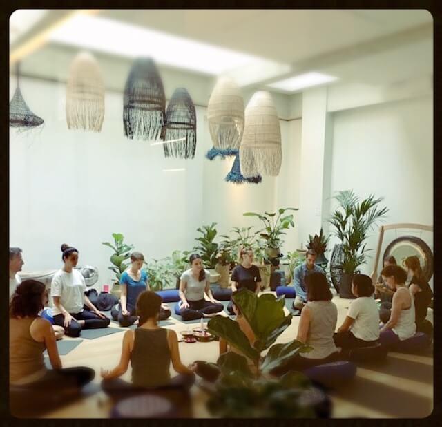 arc-en-ciel-yoga-atelier-centre-meditation